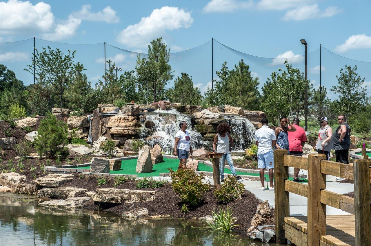 Miniature Golf Course in Columbia, Missouri | Midway Golf